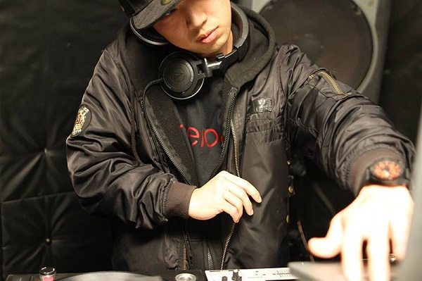 DJTO-SHIRO-sampler27.jpg